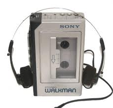 http://untourendelorean.cowblog.fr/images/walkman.jpg